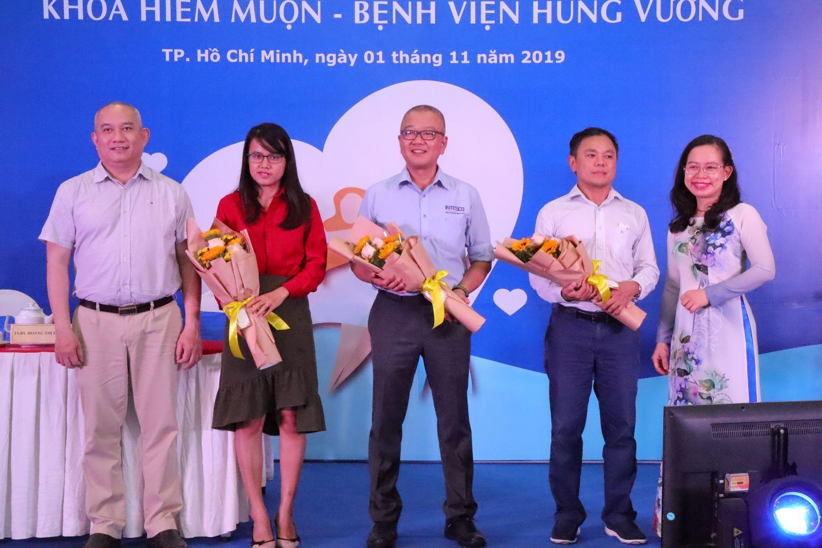 """Hội nghị """"Kỷ niệm 15 năm khoa Hiếm Muộn _ Bệnh viện Hùng Vương"""""""